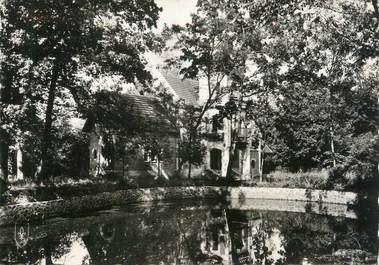 """/ CPSM FRANCE 03 """"Blomard, colonie de vacances, château de la Sarre, un coin du Lac"""""""
