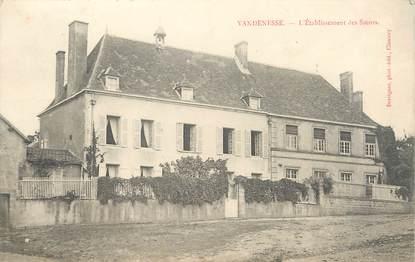 """/ CPA FRANCE 58 """"Vandenesse, l'établissement des Soeurs"""""""