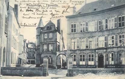 """/ CPA FRANCE 57 """"Thionville, cour du château"""""""