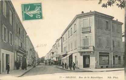 """/ CPA FRANCE 84 """"Orange, rue de la république"""""""