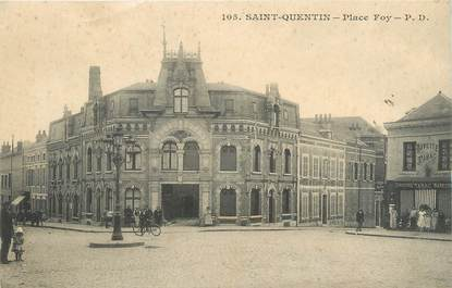 "/ CPA FRANCE 02 ""Saint Quentin, place Foy"""