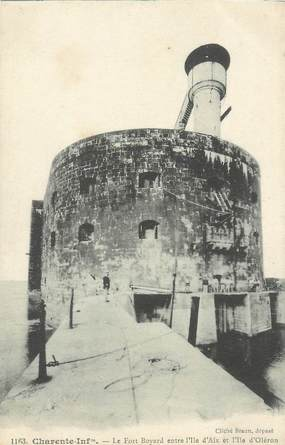 """/ CPA FRANCE 17 """"Oléron, le Fort Boyard entre l'Ile d'Aix et l'Ile d'Oléron"""""""