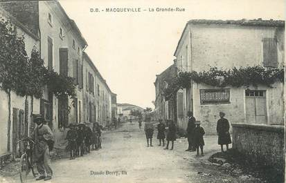 """/ CPA FRANCE 17 """"Macqueville, la grande rue"""""""
