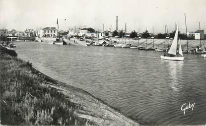 """/ CPSM FRANCE 17 """"Ile de Ré, Ars, le port"""""""