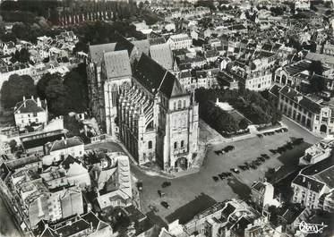 """/ CPSM FRANCE 02 """"Saint Quentin, la basilique"""""""