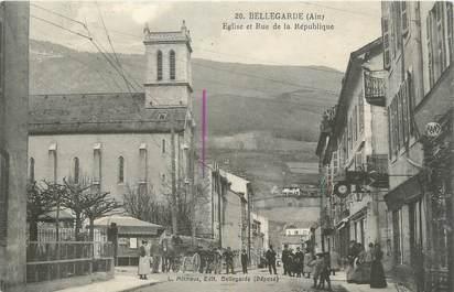 """CPA FRANCE 01 """" Bellegarde, rue de la République, église """""""
