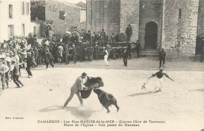 """CPA FRANCE 13 """" Saintes Maries de la Mer, course libre des taureaux """""""