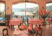 "83 Var / CPSM FRANCE 83 ""Le Lavandou, hôtel restaurant Belle Vue"""