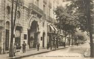 "03 Allier / CPA FRANCE 03 ""Vichy, international Hôtel et rue Maréchal Foch"""