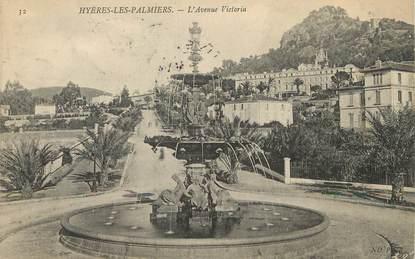 """/ CPA FRANCE 83 """"Hyères les Palmiers, l'avenue Victoria"""""""