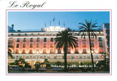 "/ CPSM FRANCE 06 ""Nice, Vacances bleues, Le Royal"""
