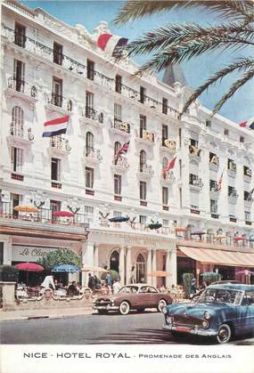 "/ CPSM FRANCE 06 ""Nice, hôtel Royal"" / AUTOMOBILE"