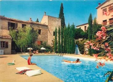 """/ CPSM FRANCE """"Saint Paul de Vence, hôtel la Colombe d'Or, la piscine """""""