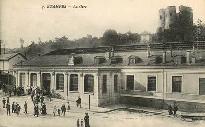 """CPA FRANCE 91 """"Etampes, la Gare"""""""