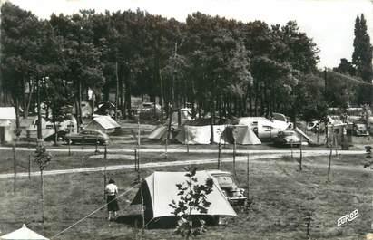 "CPSM FRANCE 17 ""Fouras, le camping de Cadoret"""