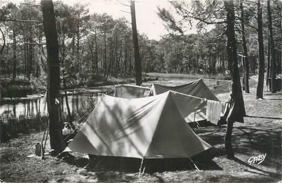 "/ CPSM FRANCE 33 ""Grand Piquey Piraillan, terrain de camping"""