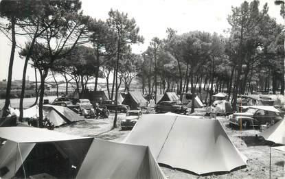 """/ CPSM FRANCE 83 """"Saint Aygulf, intérieur du camping"""""""