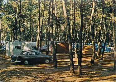 """CPSM FRANCE 85 """"Jard sur Mer, camping de la pomme de Pin"""" / AUTOMOBILE"""