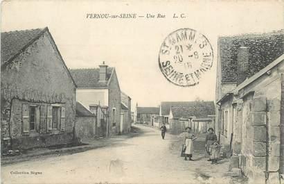 "CPA FRANCE 77 ""Vernou sur Seine, une rue"""