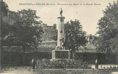 """CPA FRANCE 49 """"Beaufort en Vallée, monument aux morts"""""""