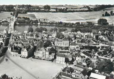 """/ CPSM FRANCE 49 """"Chalonnes sur Loire, l'hôtel de ville et le pont sur la Loire"""""""