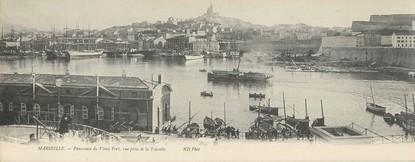 "CPA PANORAMIQUE FRANCE 13 ""Marseille, panorama du vieux port"""