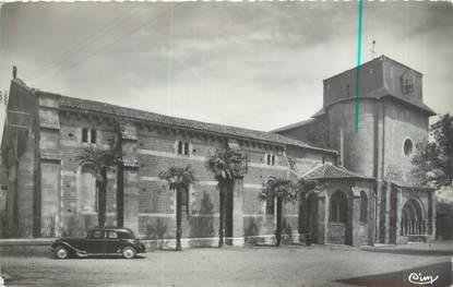 """CPSM FRANCE 47 """"Mas d'Agenais, l'église Romane"""" / AUTOMOBILE"""