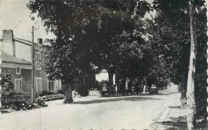"""CPSM FRANCE 47 """"La Croix Blanche, route de Villeneuve"""""""