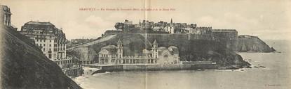 """CPA PANORAMIQUE FRANCE 50 """"Granville, vue générale du Normandy Hôtel"""""""