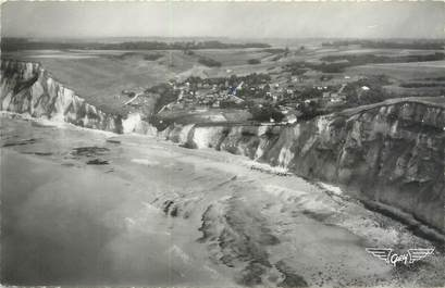 """CPSM FRANCE 76 """"Berneval sur Mer, la plage et la Valleuse"""""""