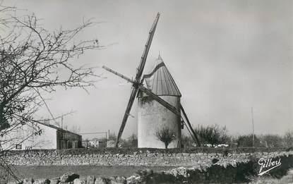 """CPSM FRANCE 17 """" Bords et ses Env., le vieux moulin """""""
