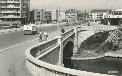 """CPSM FRANCE 62 """"Calais, le pont Georges V"""""""