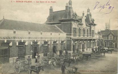 "CPA FRANCE 62 ""Berck Plage, rue Carnot"""