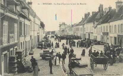 """CPA FRANCE 78 """"Houdan, la rue d'Epernon"""""""