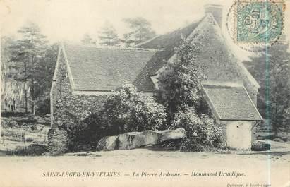 """CPA FRANCE 78 """"Saint Léger en Yvelines, la Pierre Ardroue, monument Druidique"""""""