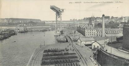 """CPA PANORAMIQUE 29 """"Brest, la grue Electrique et le port militaire"""""""