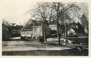 "46 Lot CPSM FRANCE 46 ""Varaire avenue de Limogne"""