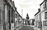 """60 Oise CPSM FRANCE 60 """"Songeons, rue du Maréchal de Bouflers"""""""