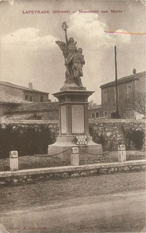 "CPA FRANCE 34 "" Lapeyrade, monument aux morts """
