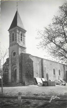 """CPSM FRANCE 85 """"Saint Hilaire la Forêt, l'église"""""""