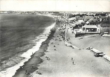 """CPSM FRANCE 85 """"Saint Gilles sur Vie, la plage """""""
