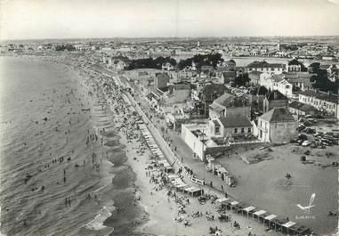 """CPSM FRANCE 85 """"Saint Gilles Croix de vie, la plage """""""