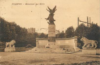 "CPA FRANCE 91 ""Etampes, monument aux morts"""