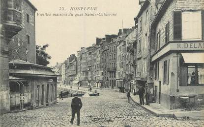 "CPA FRANCE 14 ""Honfleur, vieilles maisons du quai Sainte Catherine"""