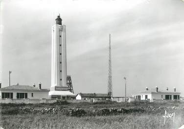 """CPSM FRANCE 85 """"Ile D'Yeu, le grand phare"""""""