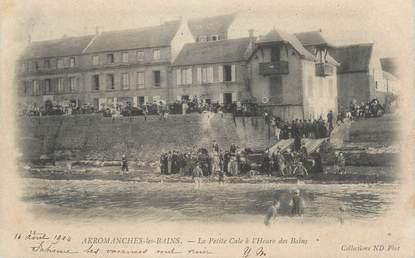 """CPA FRANCE 14 """"Arromanches Les Bains, la petite Cale à l'heure des bains"""""""