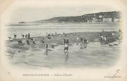 """CPA FRANCE 14 """"Trouville sur Mer, pêcheurs d'Equilles"""""""