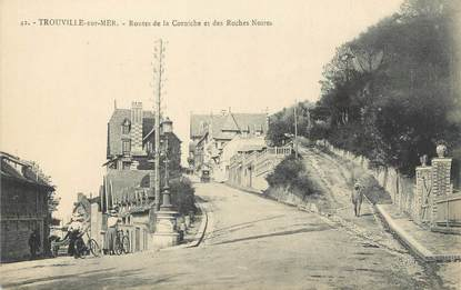 """CPA FRANCE 14 """"Trouville, routes de la Corniche et des Roches Noires"""""""