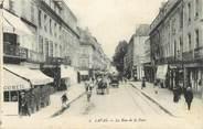"""53 Mayenne CPA FRANCE 53 """"Laval, la rue de la Paix"""""""