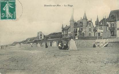 """CPA FRANCE 14 """"Blonville sur Mer, la plage"""""""